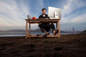 Como se desligar do trabalho durante as férias