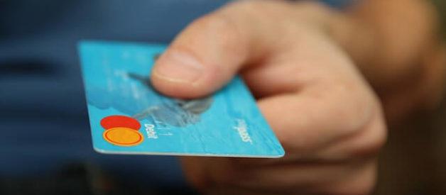 Desvantagens dos Cartões de Crédito