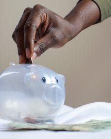 como poupar dinheiro no dia-a-dia